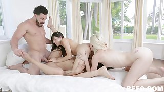 A handful of lucky guy this man is to deep fuck several hotties get a bang go off at a tangent